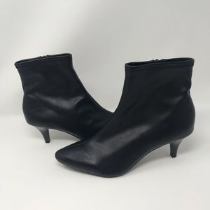East 5th black boots size 10